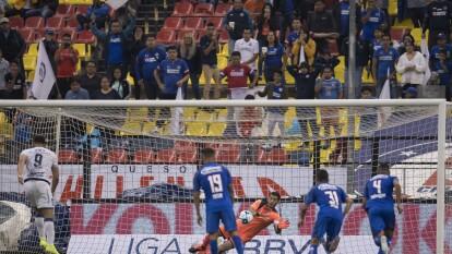 Cruz Azul y Puebla disputaron un partido con final emocionante donde dividieron puntos en el Azteca.