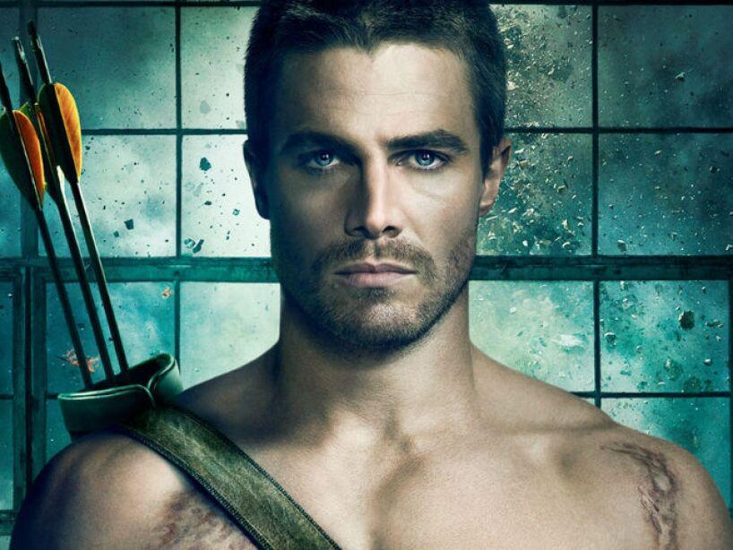 Stephen Adam Amell nació en Toronto, Canadá, el 8 de mayo de 1981 y es conocido por la serie de TV, Arrow.