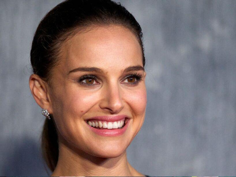 10. Natalie Portman: La actriz falleció supuestamente al despeñarse por un acantilado en Nueva Zelanda.
