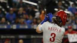 Bryce Harper recibió un pelotazo y dejó el partido