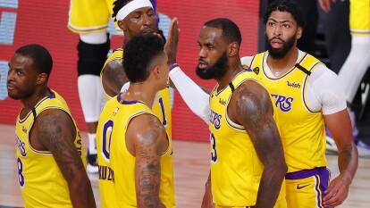 Los Angeles Lakers retoman su juego y vencen 88-111 a los Portland Trail Blazers y ponen la serie 1-1.