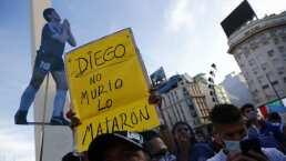 Argentinos salen a la calle por muerte de Maradona