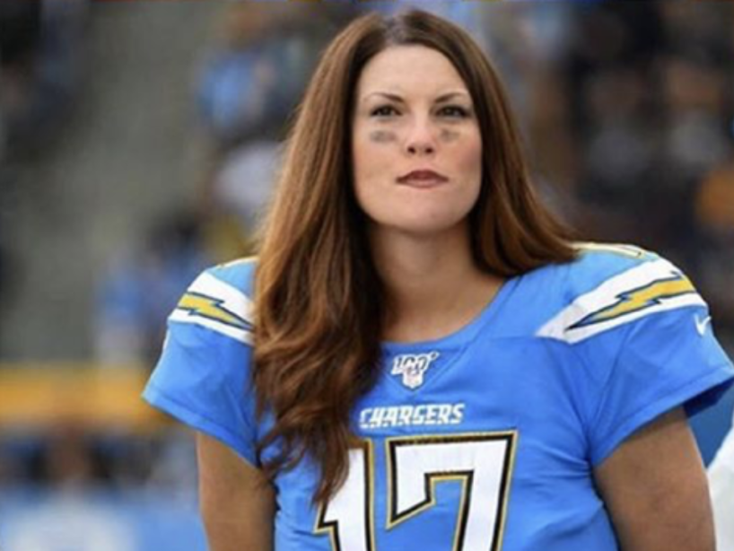 Mujeres NFL, 9.png