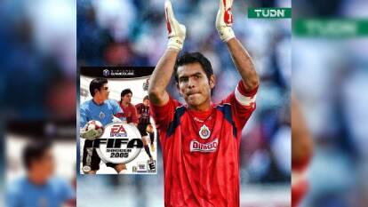 En los años previos recibió el Balón de Oro por Mejor Portero y Mejor Jugador del futbol mexicano.