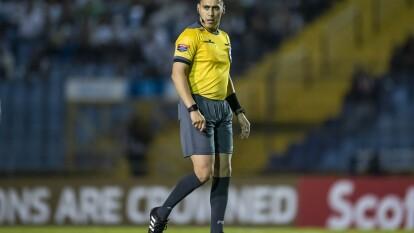 Jair Marrufo arbitró el que pudiera ser el peor partido en su carrera.