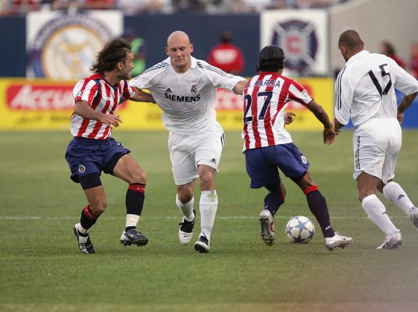 Chivas De Guadalajara v Real Madrid