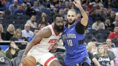 Rockets 130-107 Magic.