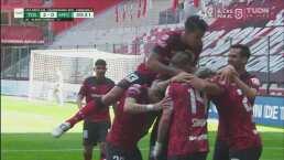 ¡Doblete de Canelo! Alexis remata de cabeza para el 2-0 de Toluca