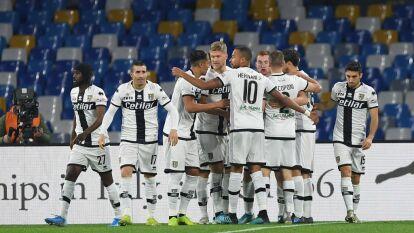 Con goles de Dejan Kulusevski al minuto 4 y Gervinho al 93, Parma se impone 1-2 en su visita al Napoli.