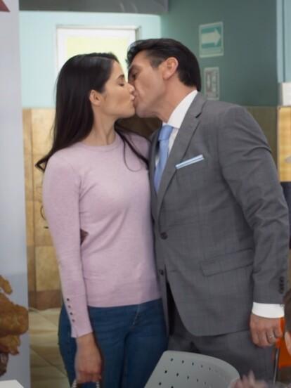 Te doy la vida es una telenovela protagonizada por José Ron, Eva Cedeño y Jorge Salinas, a continuación, te presentamos este triángulo amoroso en imágenes.