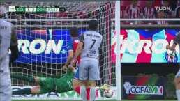 ¡Gudiño salva con las uñas el que era el tercer gol de Dorados!