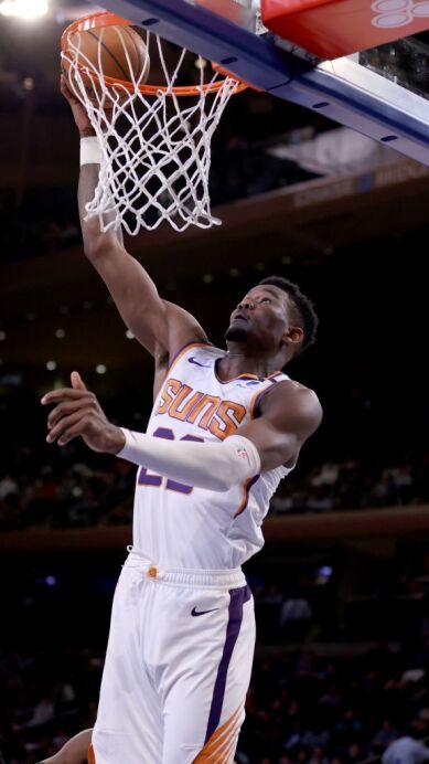 Knicks vs Suns.jpg