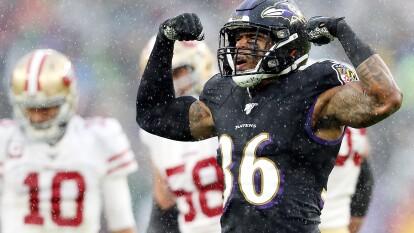 Es la primera vez en la temporada que los Baltimore Ravens llegan a la cima y han demostrado que pueden ser los mejores aún incluso sin tener a Lamar Jackson en su mejor momento. Ha sido el equipo que le ha pasado encima a los 49ers, Seahawks, Patriots, Texans y los Rams. Su récord es 10-2.