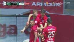 ¡A pura cabeza! Gastón Sauro anota el segundo gol del Toluca