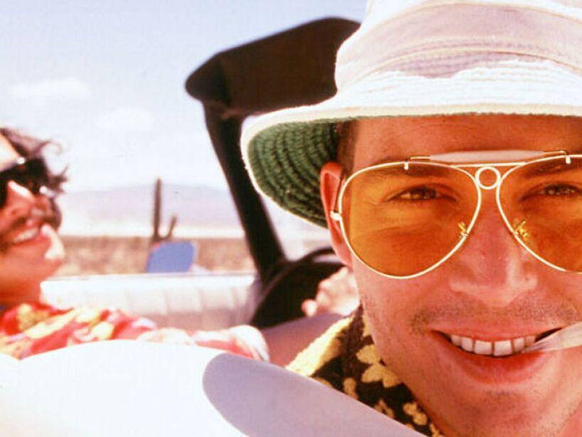 14. Fear and Loathing in Las Vegas (1998): En la peli Depp protagoniza a Raoul Duke, un periodista que viaja a Las Vegas con su abogado psicópata.