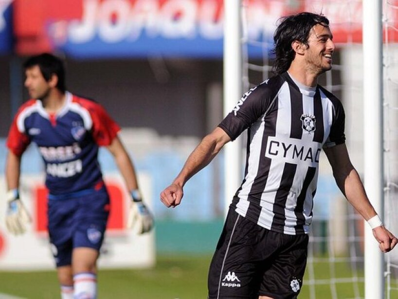 7 Montevideo Wanderers.jpeg