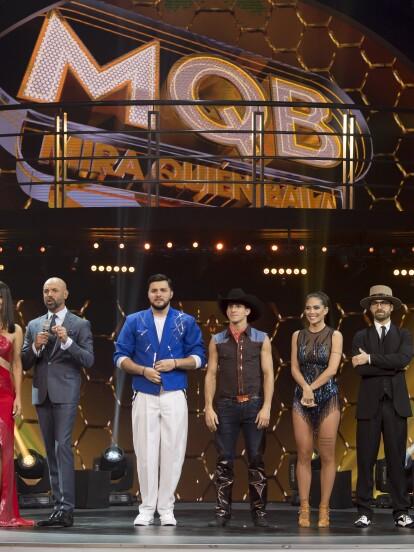 Así inicia la gran semifinal de Mira Quién Baila, esta noche habrá un eliminado directo con lo que finalmente conoceremos a las 4 estrellas que llegan a a gran final.
