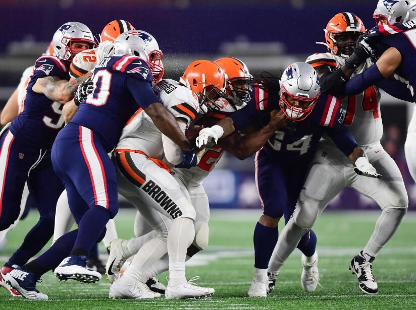 Cleveland Browns v New England Patriots