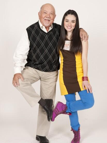 'El Dicho' fue inaugurado por 'Don Tomás' (Sergio Corona) y su nieta 'Isabel' (Wendy González), quienes aparecieron desde el capítulo 1 del programa.
