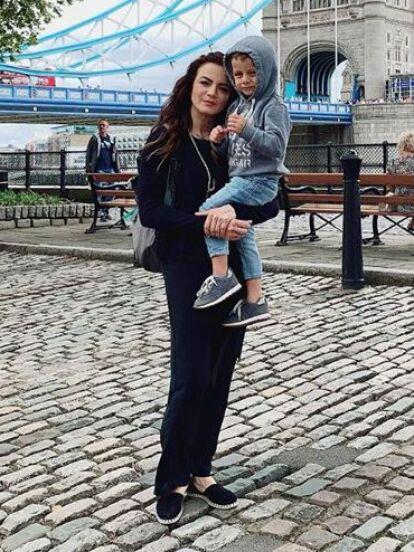 Además de confesar por qué no comparte fotos de su hijo León en redes sociales, Silvia Navarro habló de la posibilidad de volver a convertirse en madre.