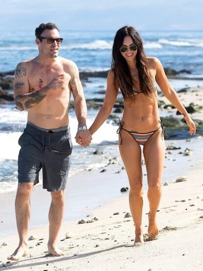 Megan Fox y su marido Brian Austin Green disfrutaron de su amor en la playa (FOTO: The Grosby Group)
