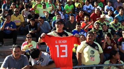 Los aficionados de ambas escuadras de dan cita en el Estadio Olímpico Benito Juárez para disfrutar de un ambiente sin igual.