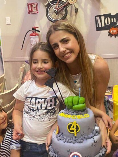 Michelle Renaud festejó a lo grande el cumpleaños de su hijo Marcelo y junto a su exesposo Josué Alvarado le organizaron tremenda fiesta al menor por sus 4 años de vida, hecho que mostró en redes sociales con fotografías y videos.