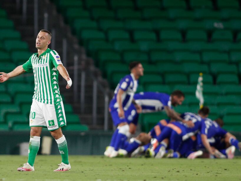 Real Betis Balompie v Deportivo Alaves - La Liga