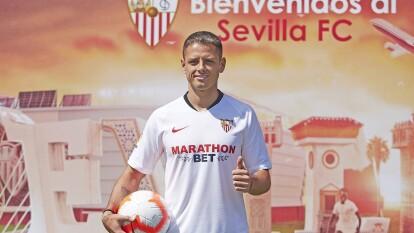 En el Sevilla se espera mucho de su rendimiento. En el West Ham, Javier Hernández jugó 63 partidos, anotoó 17 goles y tuvo cuatro asistencias.