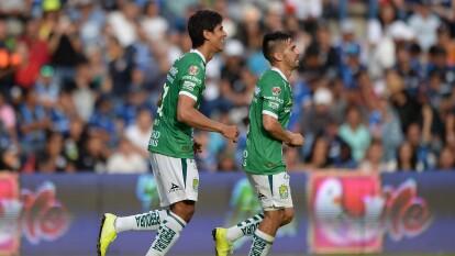 JJ Macías marcó un doblete, Ángel Mena y Luis Montes completaron la goleada de 4-0 ante Gallos Blancos.