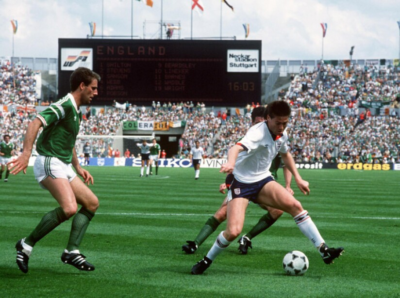 Soccer - European Championships - Euro 88 West Germany - Group Two - Ireland v England - Neckarstadion