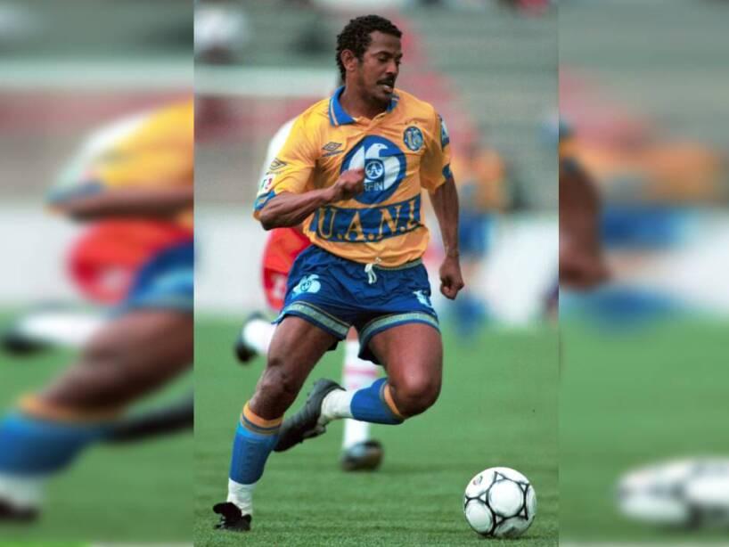 12 Antonio Carlos Santos.jpg