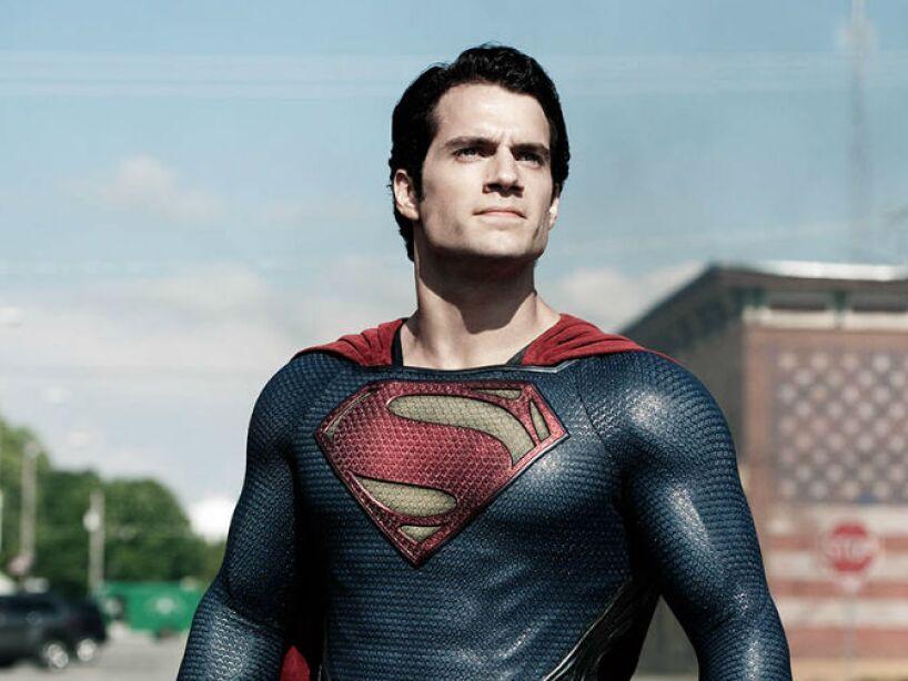 Man of Steel (2013): Desde Krypton, el joven Clark Kent (Henry Cavill) se convierte en Superman.