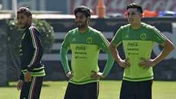 Héctor Herrera, feliz de reencontrarse con Vela y Jona dos Santos