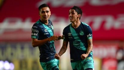 Puebla le propinó al Necaxa su quinta derrota consecutiva   Con gol de Omar Fernández, los de Reynoso hicieron 'leña del árbol caído' y se llevan tres puntos del Victoria.