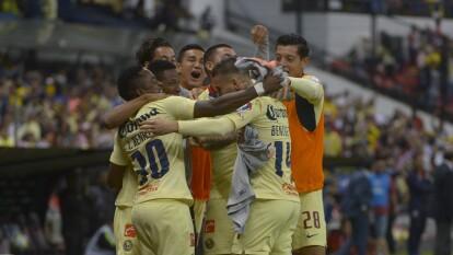 Con golazos de Valdés y Benedetti, el América se impuso ante las Chivas rayadas y asegura su pase a semifinales de la Copa MX 2019.
