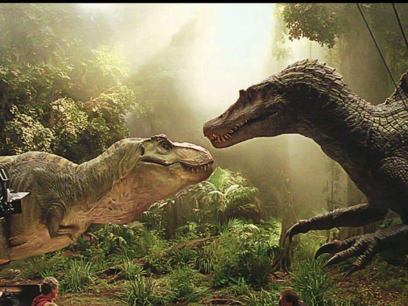 15. Según las últimas investigaciones, el Tyrannosaurus Rex posee una vista maravillosa. ¡Quedarte quieto no sirve de nada!