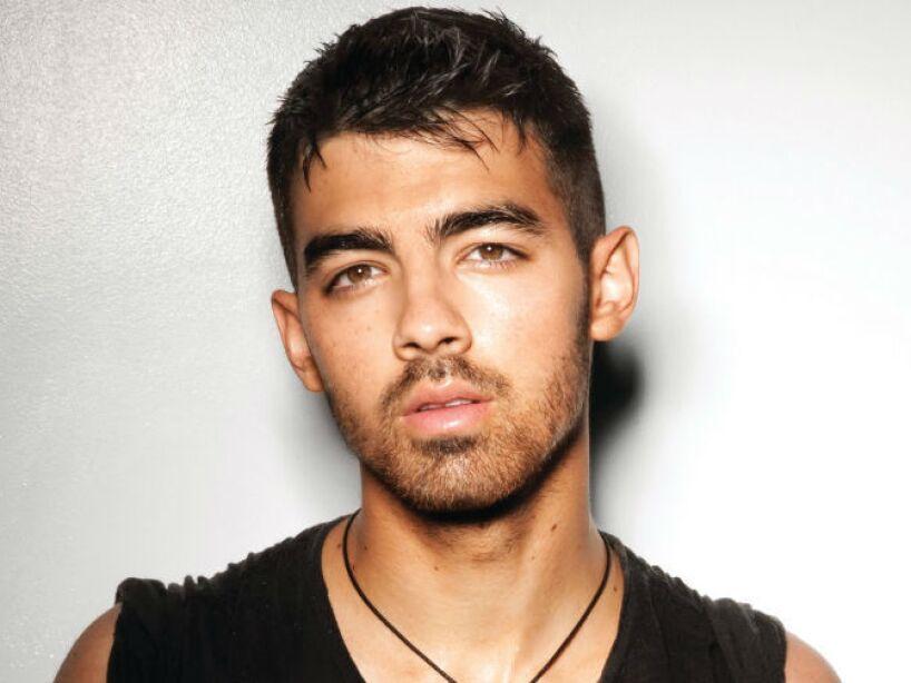 15. Joe Jonas: De los Jonas Brothers este es el único integrante que nunca ha presumido sus conquistas femeninas.