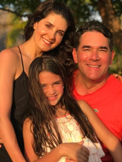 Los actores Mayrín Villanueva y Eduardo Santamarina conforman uno de los matrimonios más sólidos del mundo del espectáculo mexicano.
