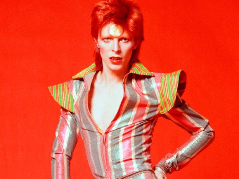 El musico, compositor, actor, productor discografico David Bowie.