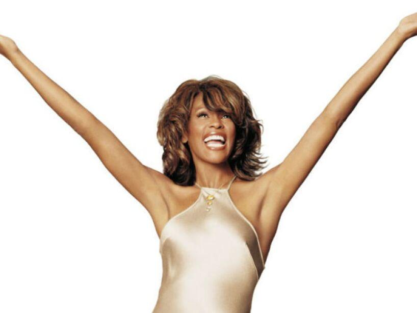 18. Whitney Houston: En 2012 muere a los 48 años en Beverly Hills. Se especula que se quedó dormida por un calmante.