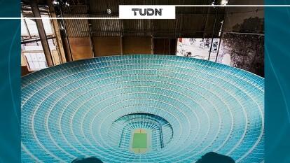 El artista estadounidense Paul Pfeiffer diseñó la maqueta de un estadio para un millón de personasque sería el sueño de todo aficionado de futbol .