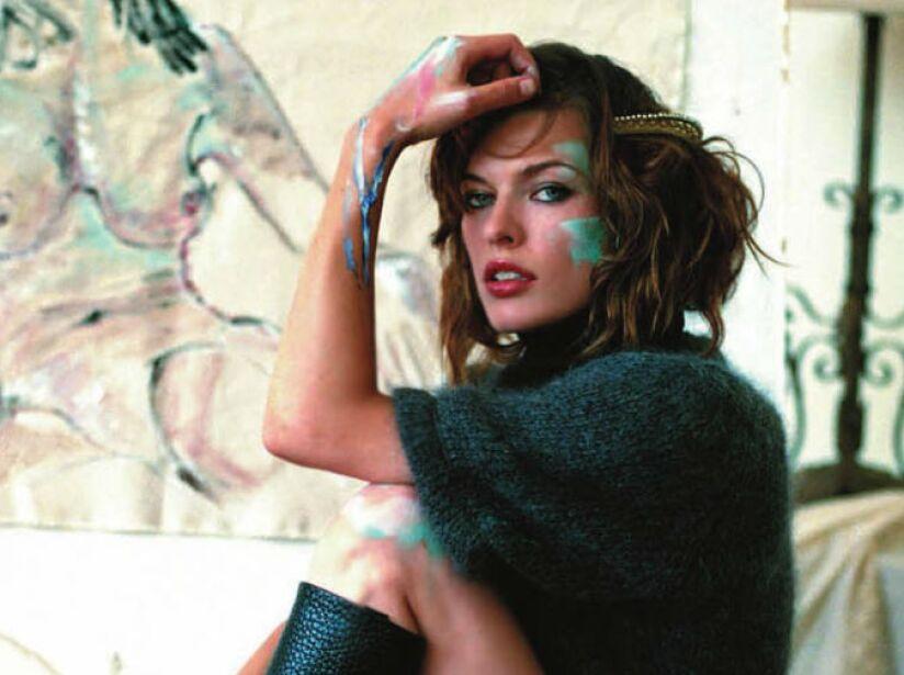 Jovovich comenzó su carrera de modelo a los once años, en los anuncios de una marca de cosméticos.