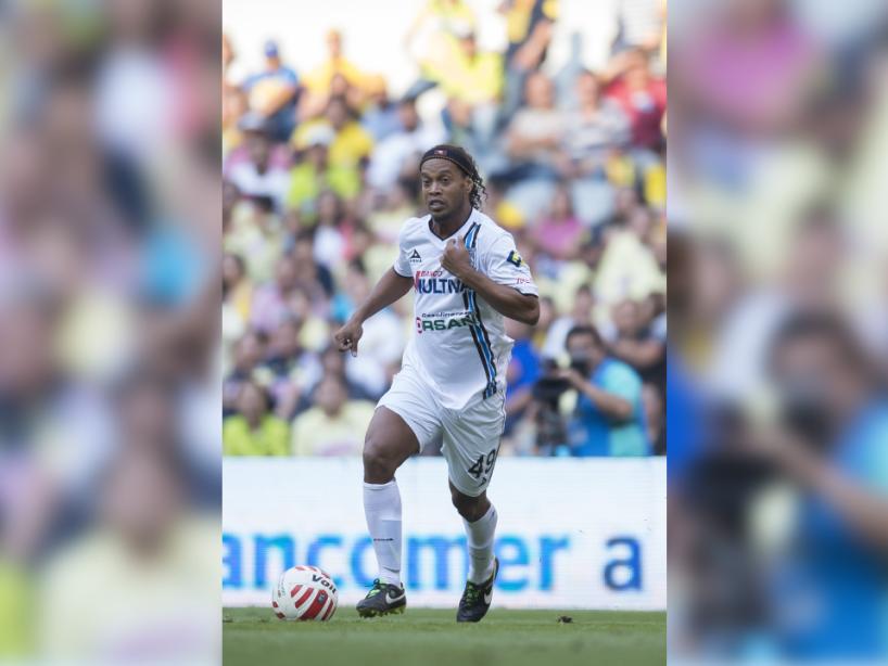 Ronaldinho, 24.png