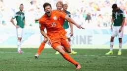 Klaas-Jan Huntelaar quien eliminó al Tri en Brasil 2014, piensa en el retiro