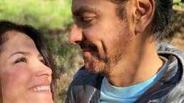 Video: Alessandra Rosaldo 'denuncia' públicamente a Eugenio Derbez por no lavar sus trastes