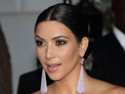 1. Kim Kardashian: La seva enemistat és evident, però són amigues pels seus respectius marits, Kanye West i Jay Z.