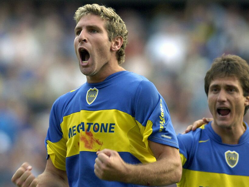 Boca Juniors' Martin Palermo celebrates,