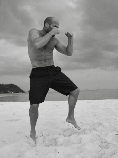 El actor Jason Statham está listo para enfrentar los más grandes peligros del mundo.
