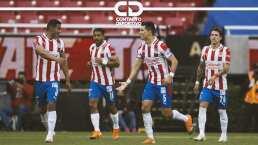¡Un rompecabezas! Vucetich no logra afianzarse con un XI en Chivas